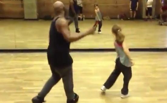 10-Year-Old Girl Dancing Like Nobody's Watching