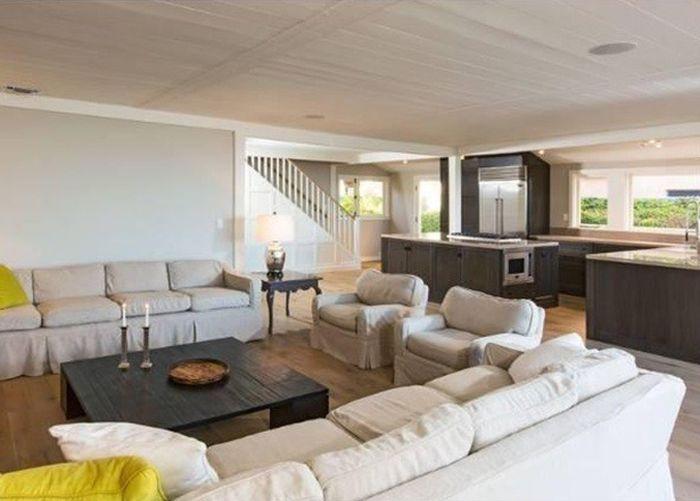 Leonardo DiCaprio's Malibu Beach House Is for Sale (23 pics)