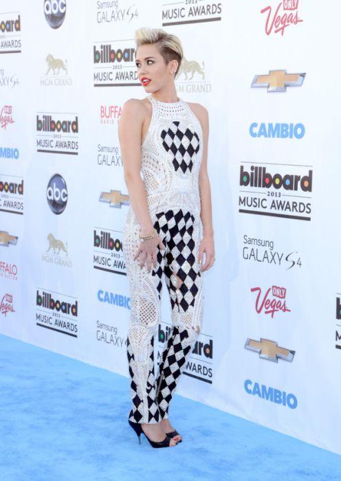 Transformation of Miley Cyrus (25 pics)