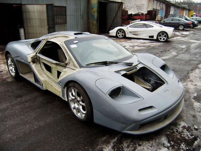 Homemade McLaren F1 Supercar (50 pics)
