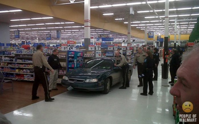 People of Walmart. Part 25 (40 pics)