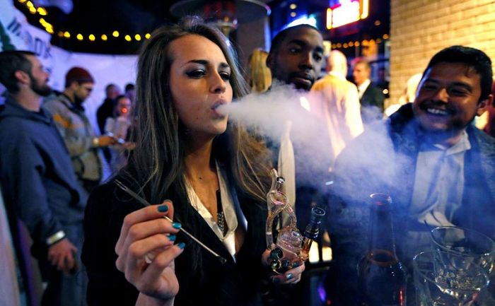 Colorado Legalizes Marijuana (11 pics)