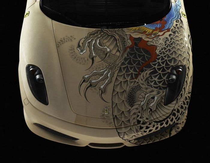 Tattooed Ferrari F430 (8 pics)
