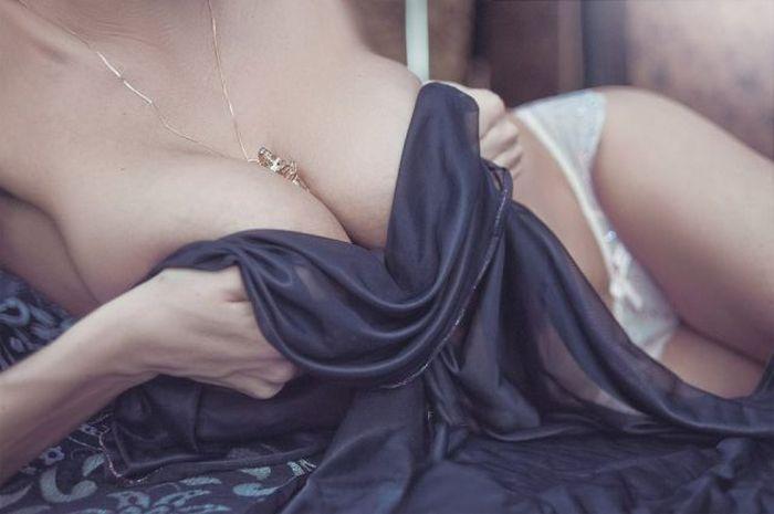 Beautiful Busty Girls. Part 24 (55 pics)