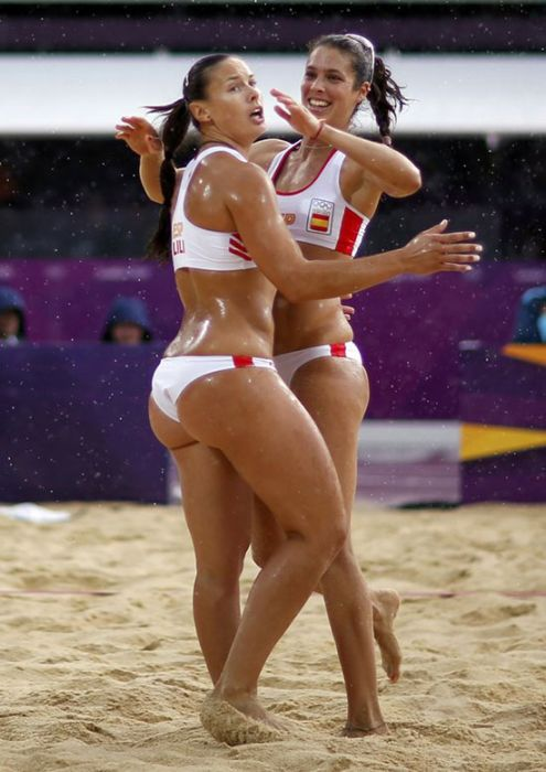 Volleyball Girls (20 pics)