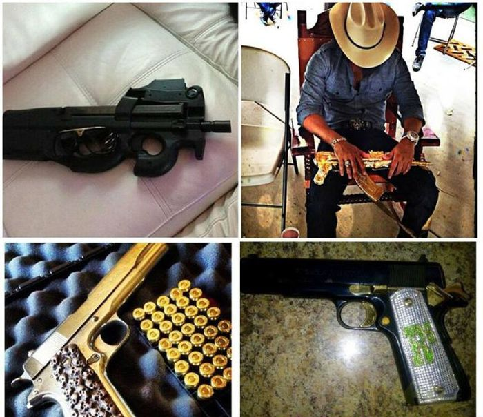 Mexican Drug Lord Posts Photos to Social Networks (36 pics)