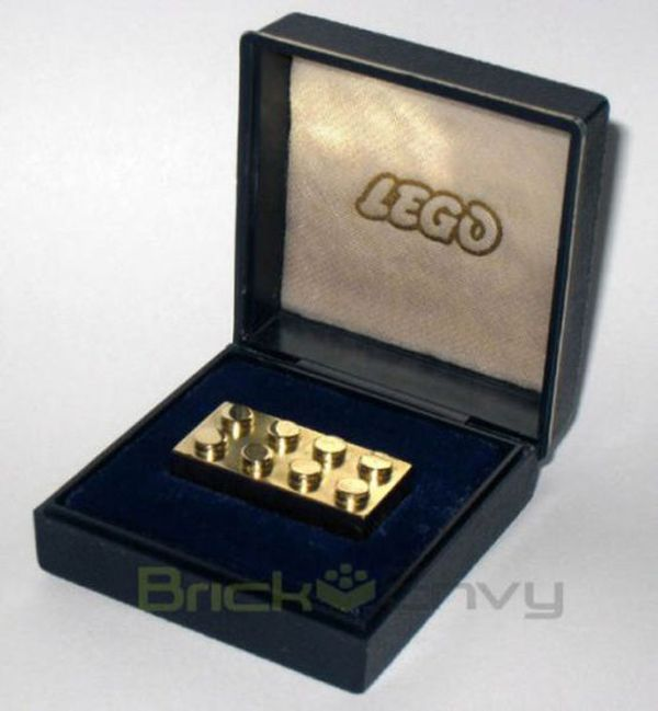 Expensive Things You Don't Need (20 pics)