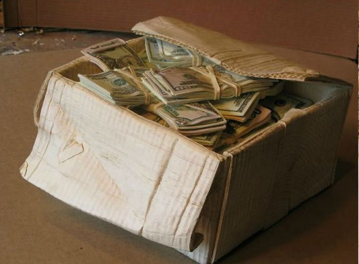 Box of Cash (11 pics)