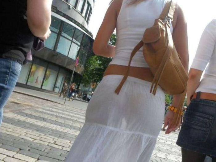 прозрачные платья фото на улице