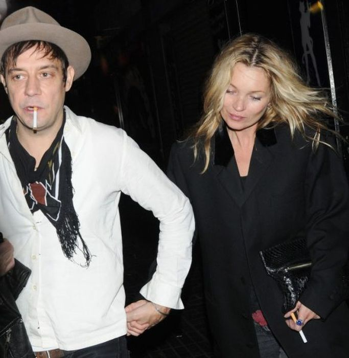 Kate Moss Aging Timeline (67 pics)