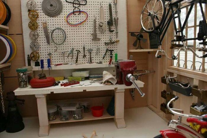 Bike Chain For Scale (6 pics)