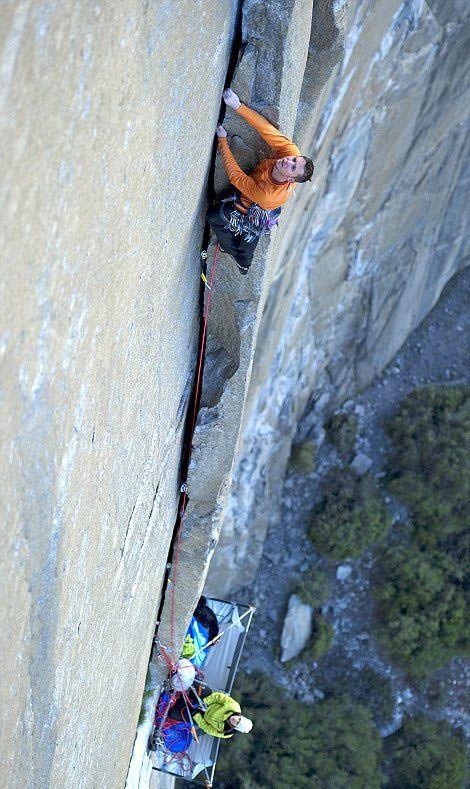 Cliff Camping (15 pics)
