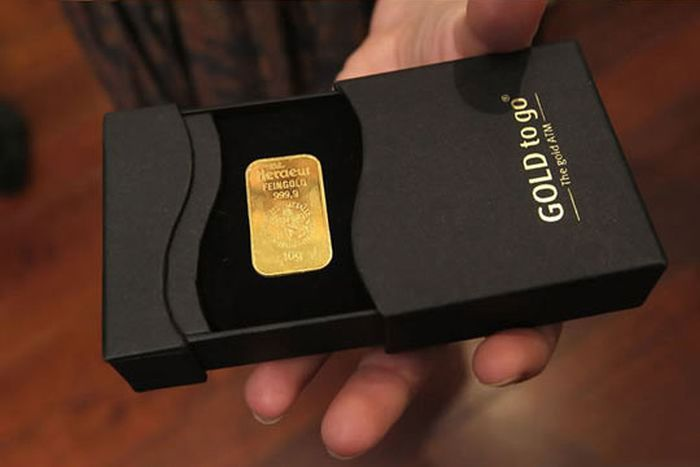 Gold to Go (7 pics)
