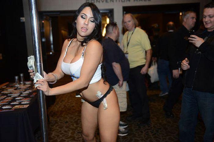 Photos from Las Vegas Adult Entertainment Expo (37 pics)