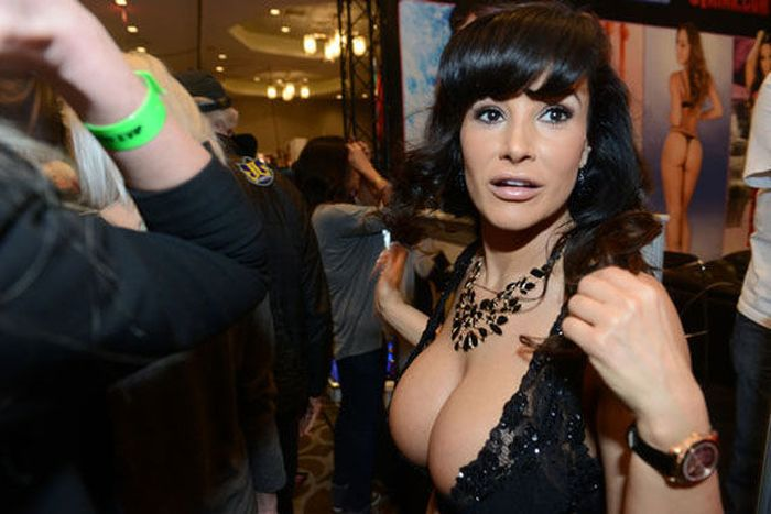Photos from Las Vegas Adult Entertainment Expo (37 pics)