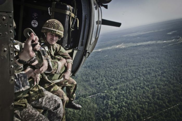 Military Photography (37 pics)
