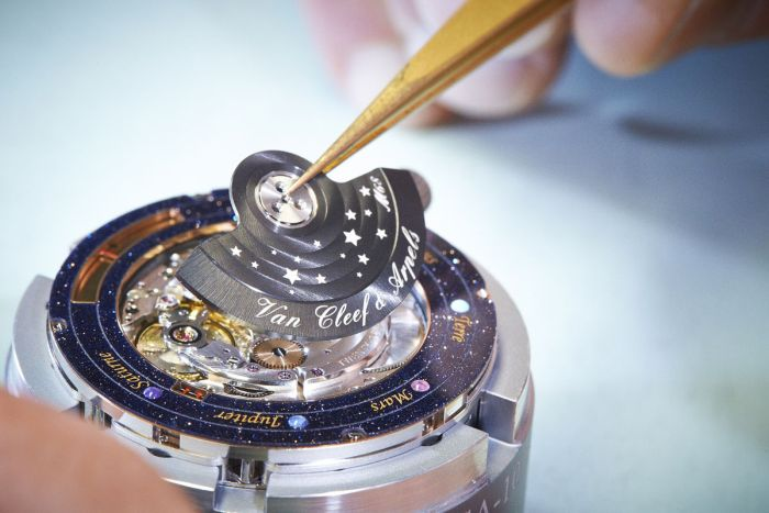 Complication Poetique Midnight Planetarium by Van Cleef & Arpels (9 pics)