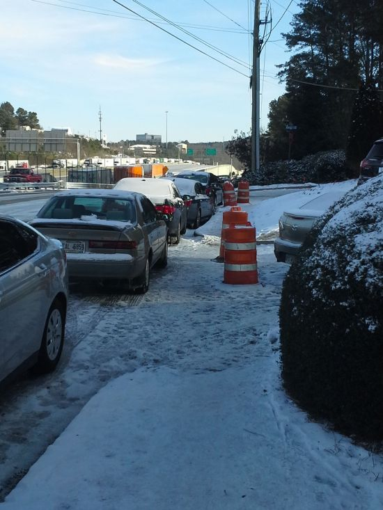 Atlanta Snow Traffic (17 pics)