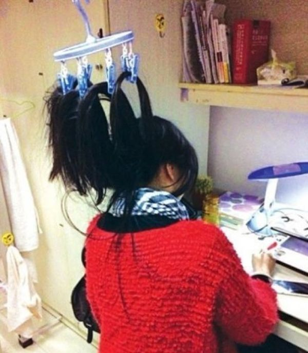 This Is How Chinese Students Study at Night (9 pics)