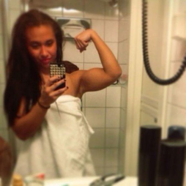 Norwegian Girl Suzanne Svanevik (30 pics)