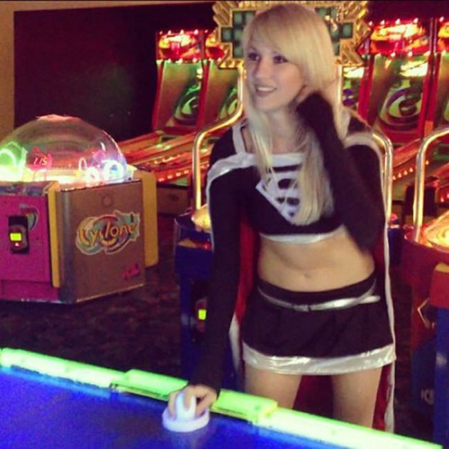 Photos of Heather 1337, a Pretty Cosplay Girl (40 pics)