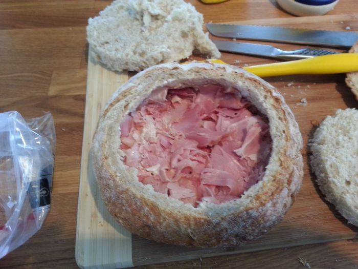 How to Make a Perfect Sandwich (18 pics)