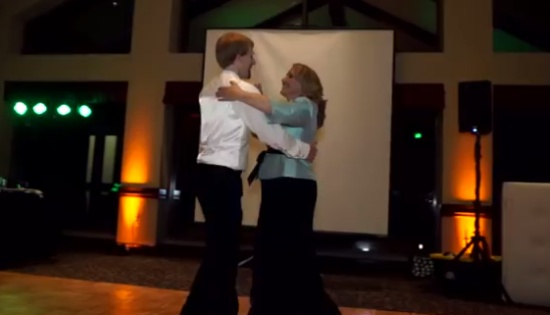 Unexpected Mother and Son Dance at the Wedding