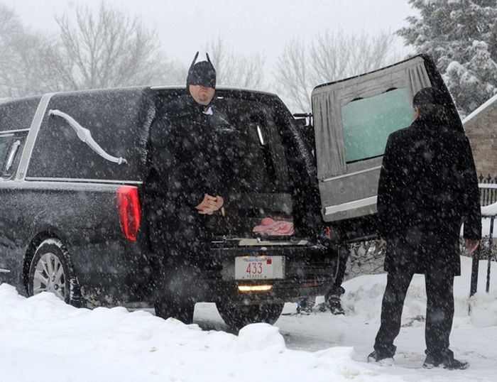 The Funeral of Jesse Heikkila (6 pics)
