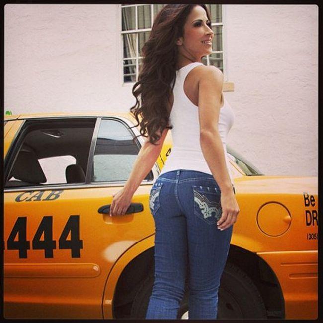 Busty Weather Girl Jackie Guerrido (20 pics)