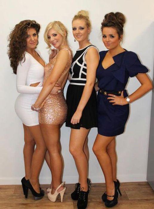 Pretty Girls in Tight Dresses. Part 12 (45 pics)