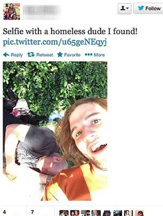 Posing with Homeless People is a New Selfie Trend (21 pics)