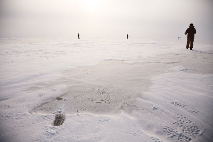 Lake Baikal Surface Artwork (22 pics)