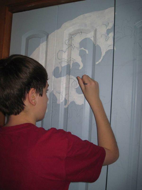 Closet Door Painting (7 pics)