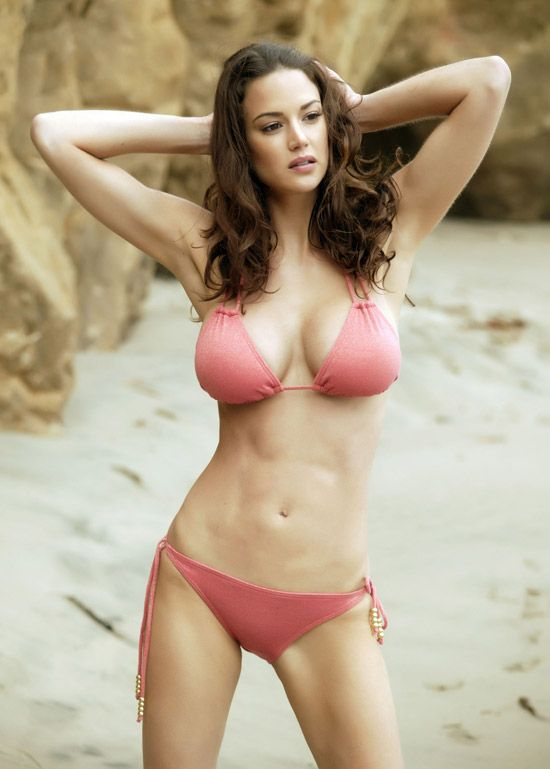 Sexy Girls in Bikinis (46 pics)