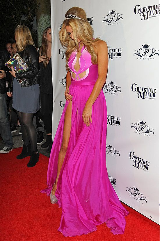 Paris Hilton Wearing No Panties (12 pics)