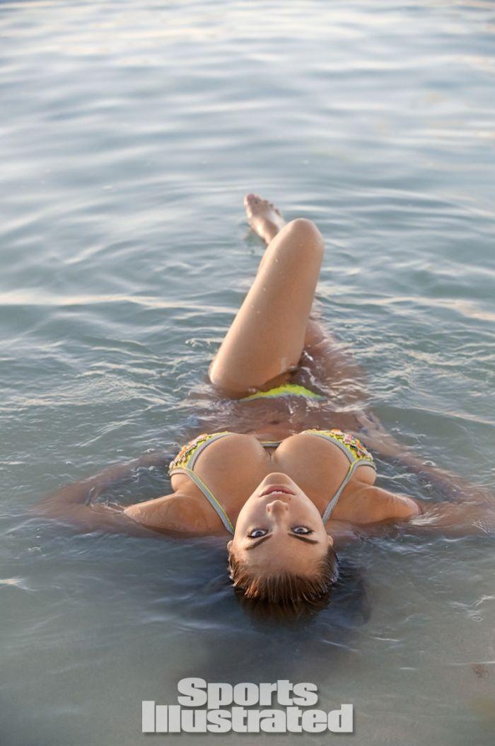 Kate Upton Sports Illustrated Swimsuit (28 pics)