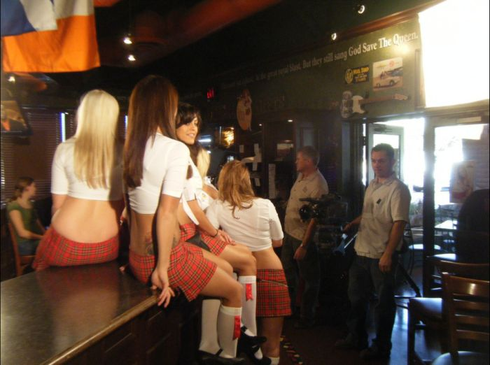 Hot Tilted Kilt Girls (40 pics)