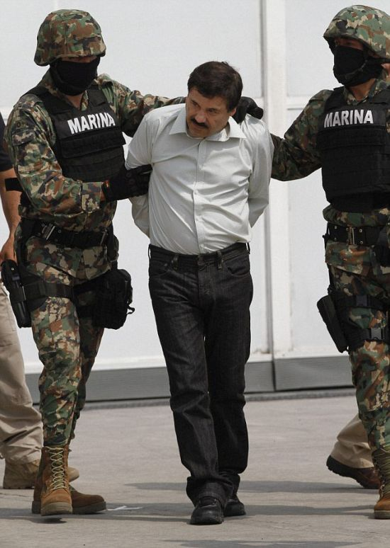 Joaquin 'El Chapo' Guzman Busted (10 pics)