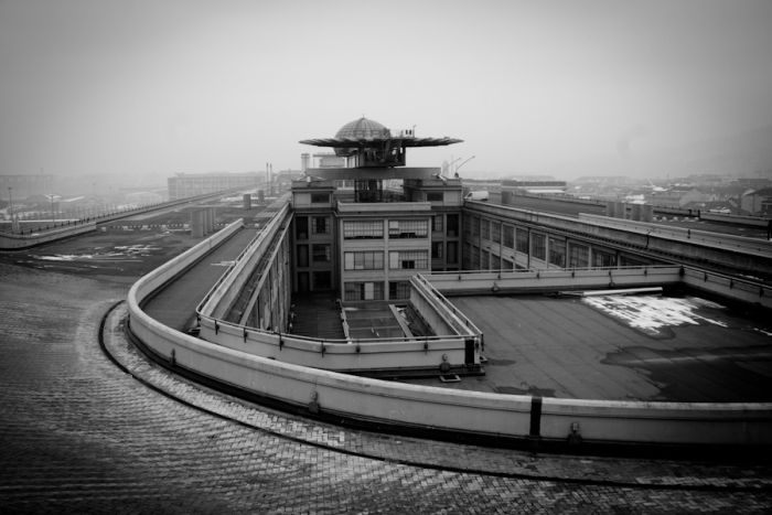 A Rooftop Racetrack of Lingotto Facotry (21 pics)