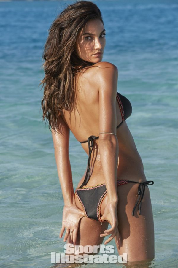 Model Lily Aldridge Swimsuit 2014 (36 pics)