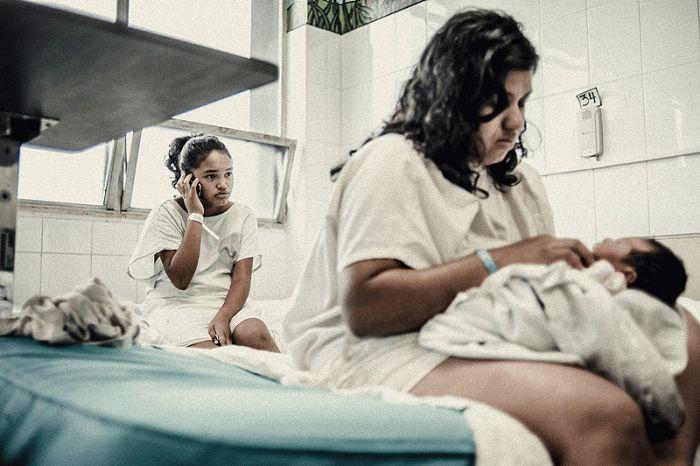 Teen Mothers in Honduras (33 pics)