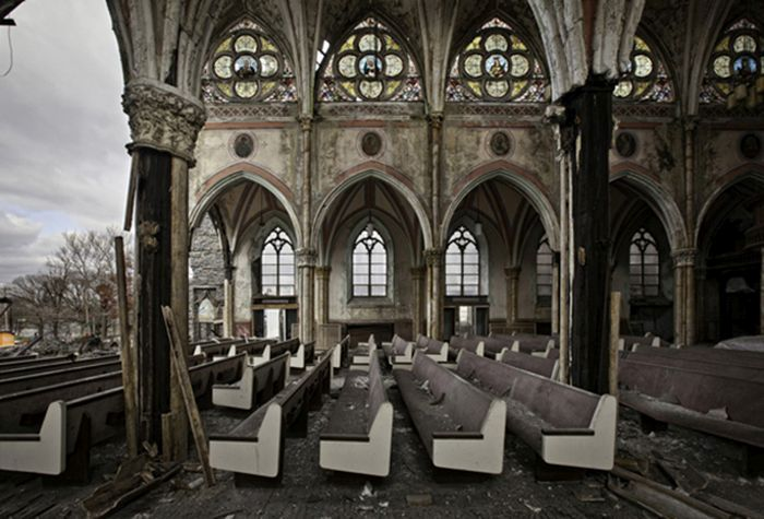 Abandoned Places (25 pics)