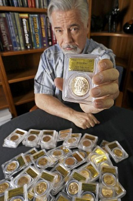 California Couple Finds $10M in Gold Coins (11 pics)