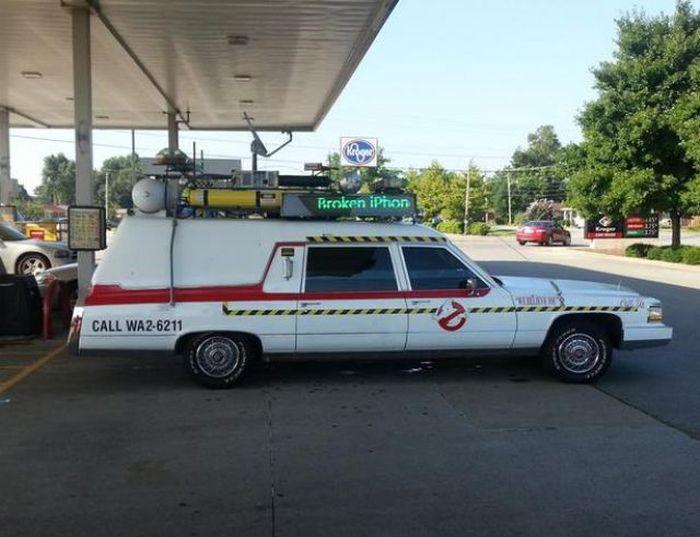 Awkward Gas Station Moments (40 pics)