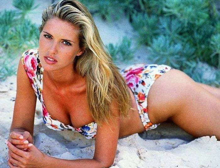 The Sports Illustrated Models Then and Now (28 pics)