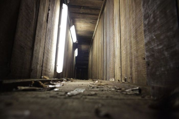 El Chapo's Secret Tunnels (13 pics)