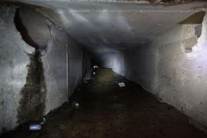 El Chapo's Secret Tunnels (13 pics)