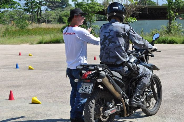 Brazilian Police (39 pics)