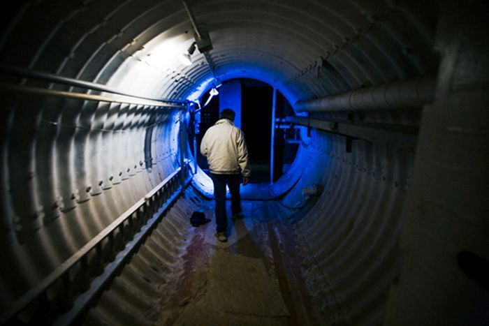 Home Built Inside a Missile Silo (18 pics)