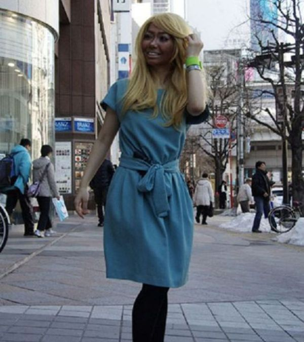 Gyaru Makeover is a Popular Trend in Japan (16 pics)